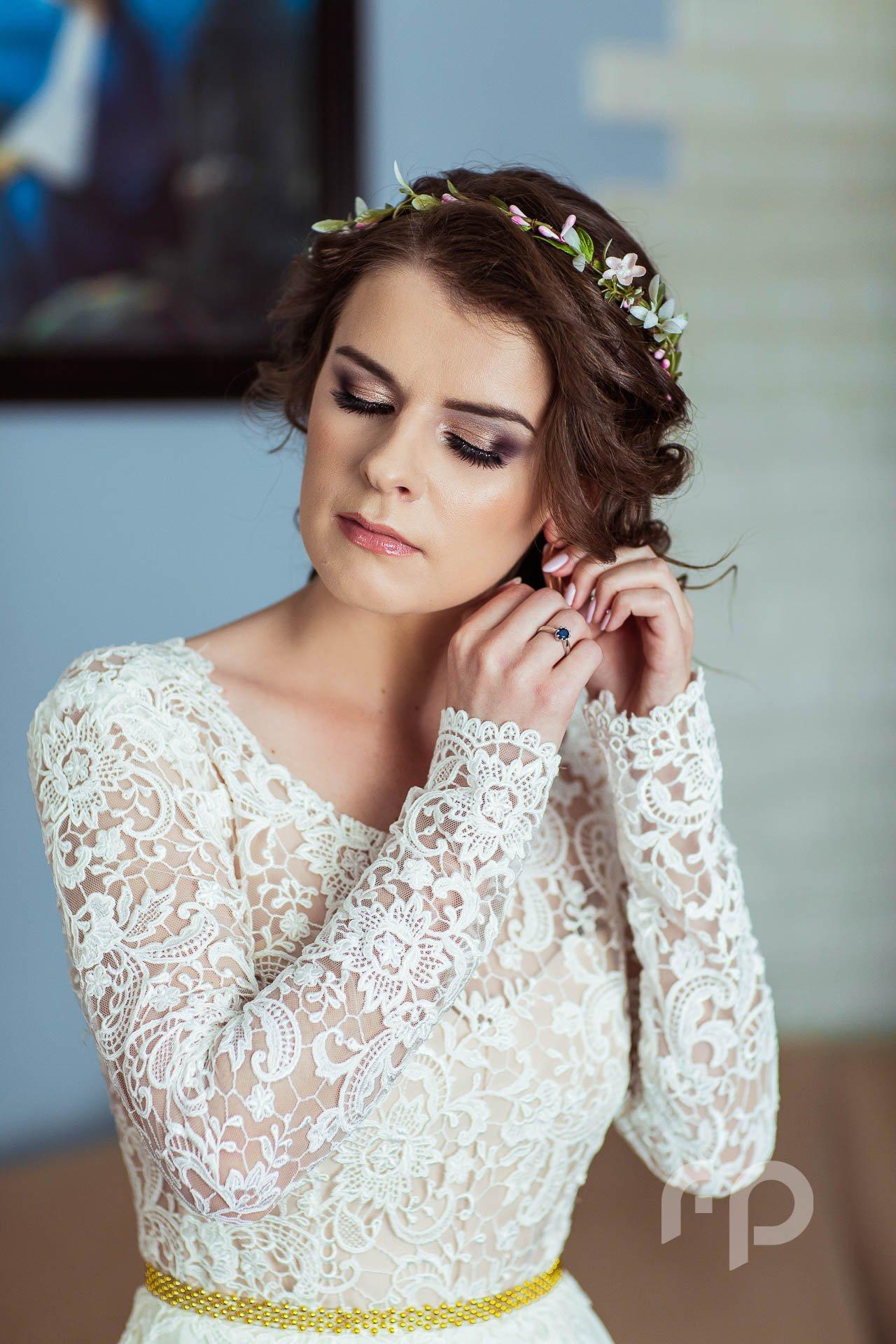 przygotowania ślubne u Panny Młodej w Jaśle