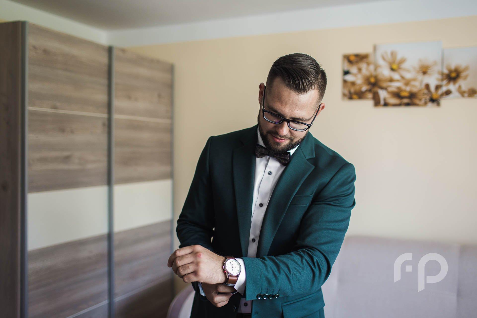 jak robić zdjęcia ślubne na przygotowaniach