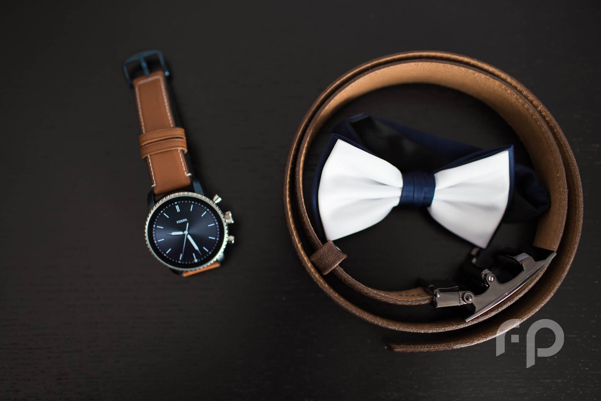 smartwatch na ślub, detale ślubne u pana młodego