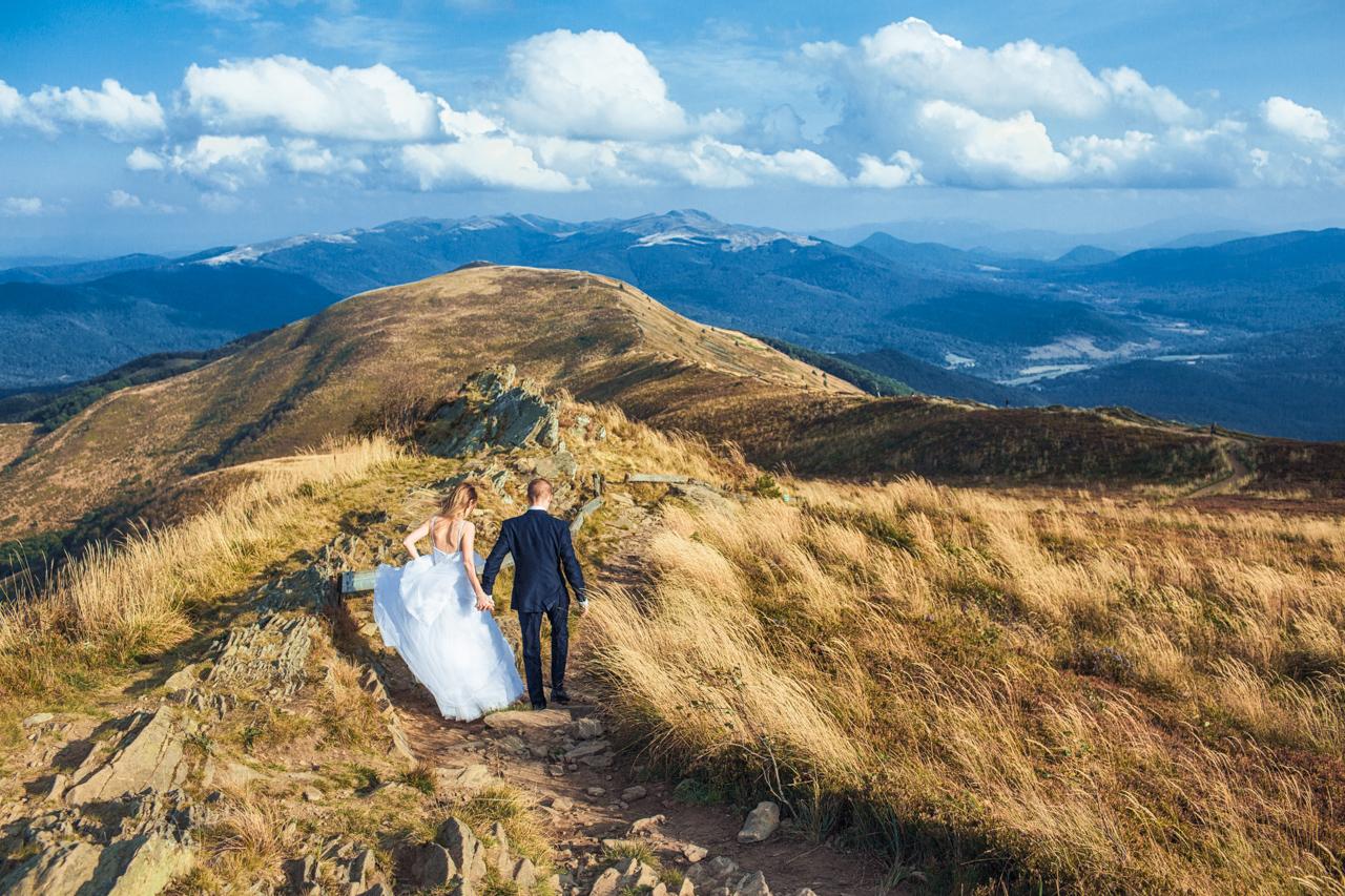 zakończenie sesji ślubnej na Połoninie Caryńskiej