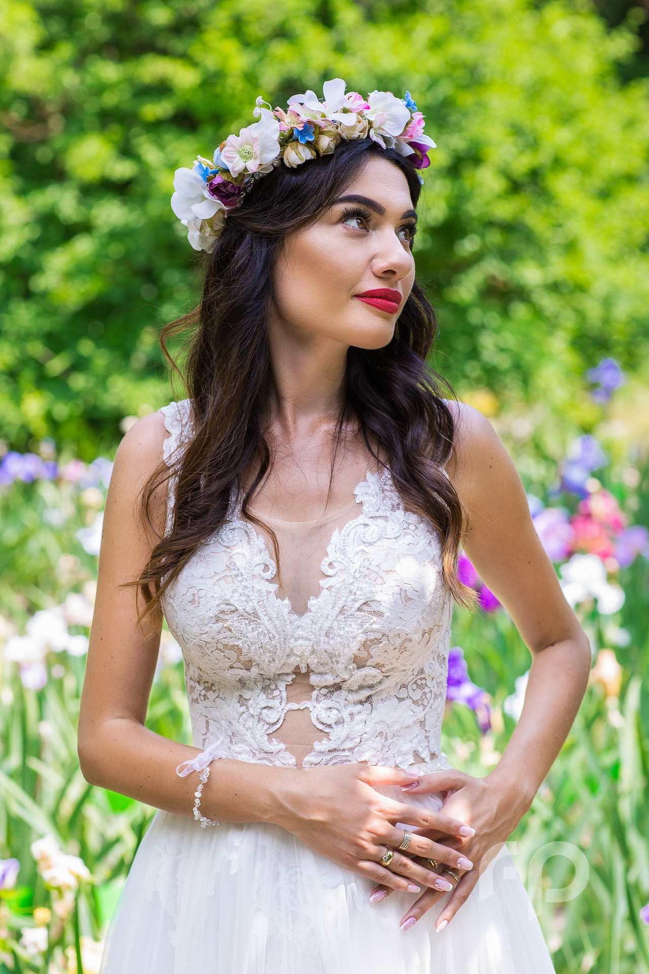 portret ślubny Angeliki w cudownym ogrodzie
