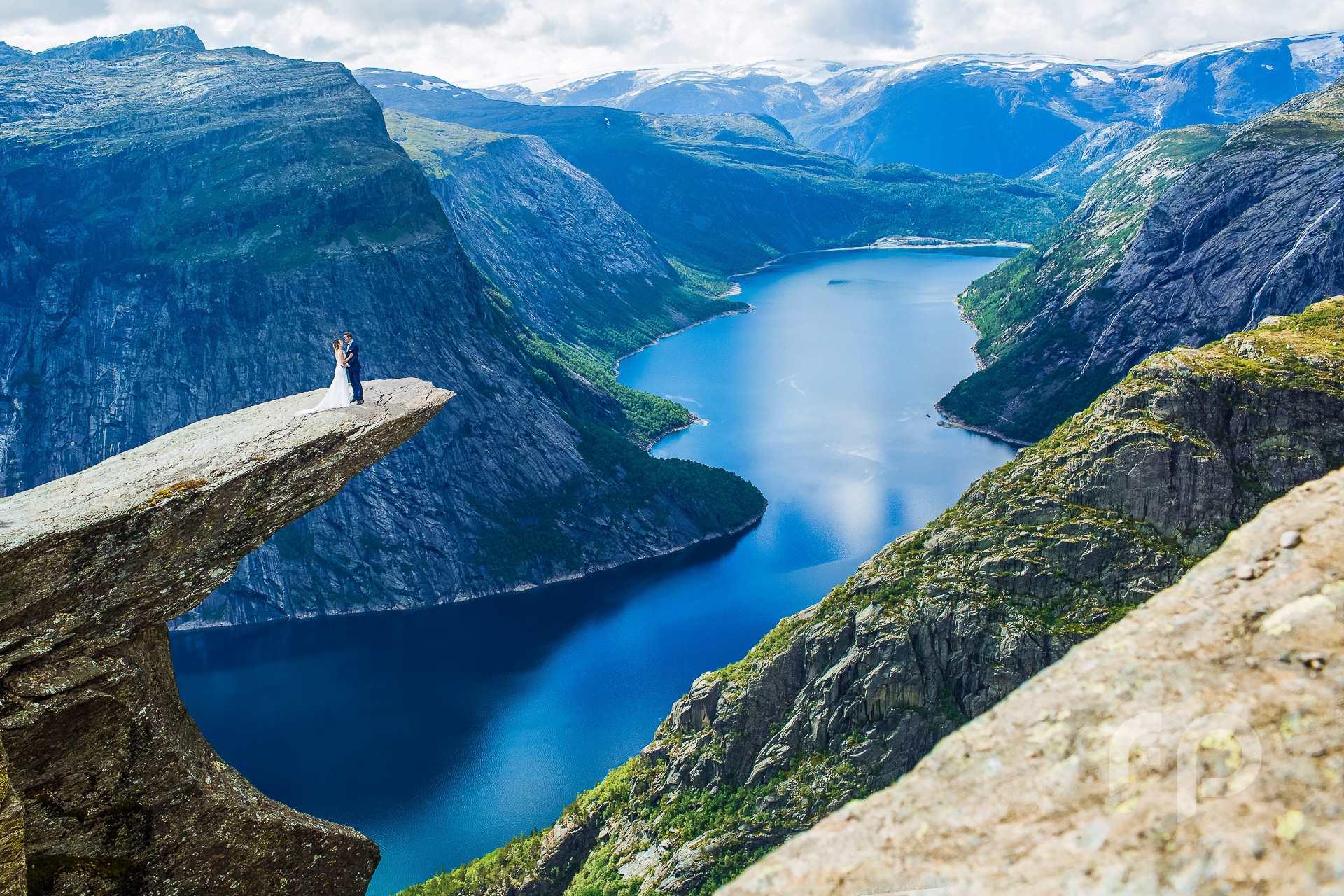 Trolltunga Norwegia - plener ślubny za granicą