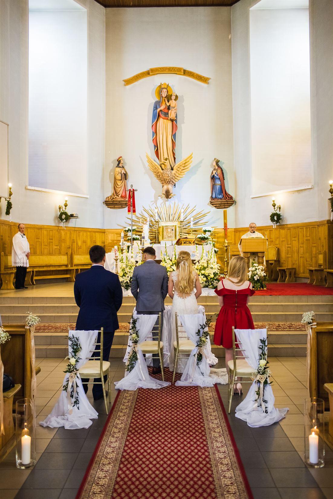 zdjęcia z ślubu kościelnego
