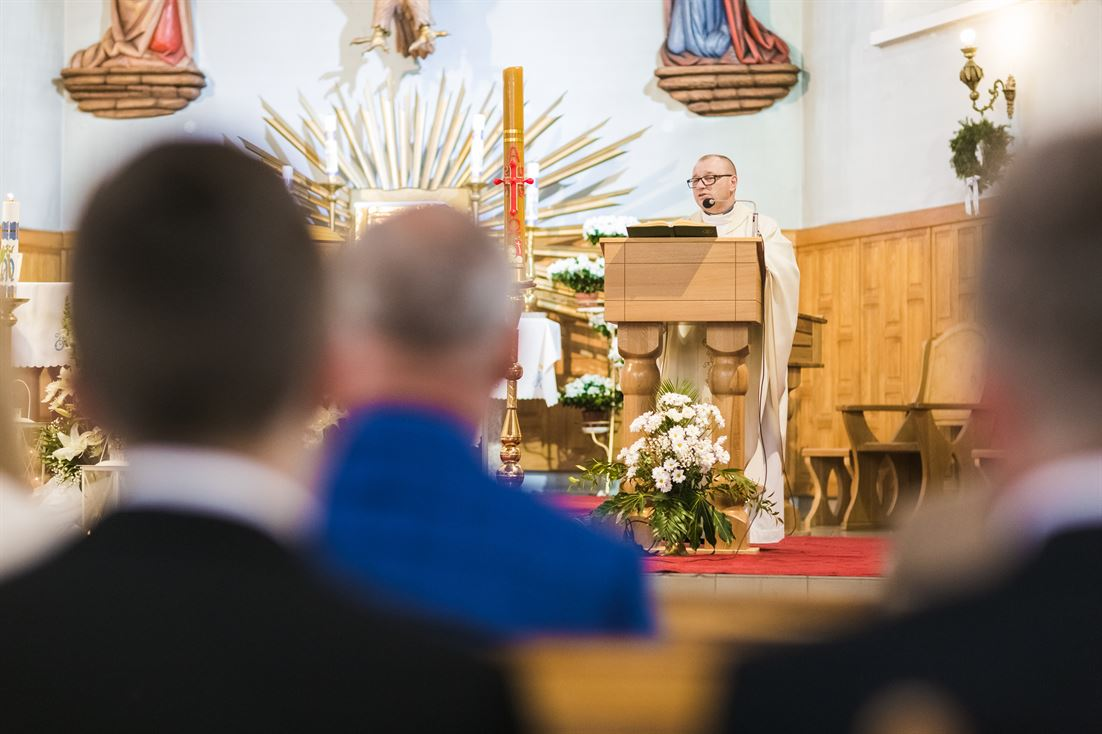 czytanie podczas mszy świętej