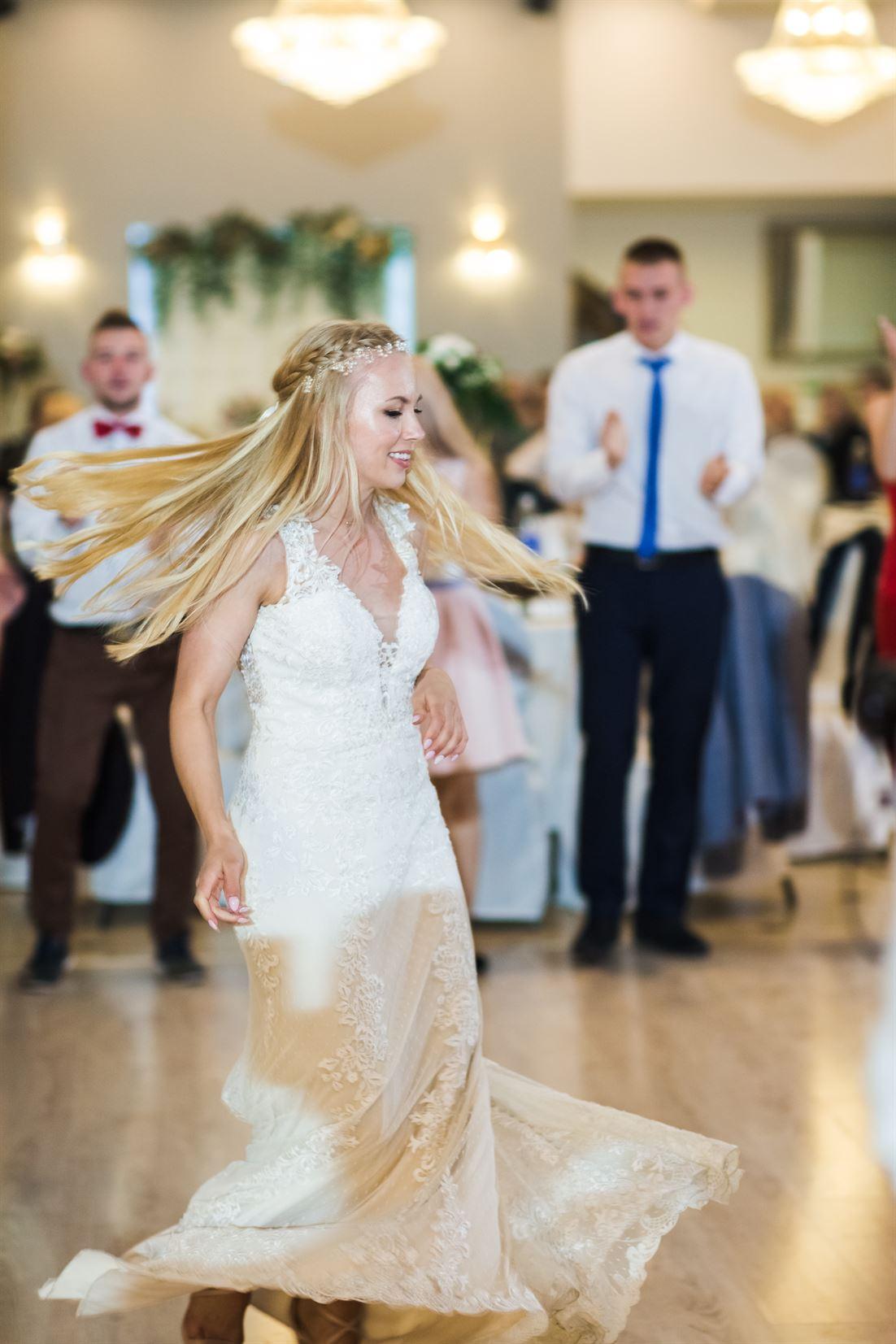 tańce i zabawy ślubne