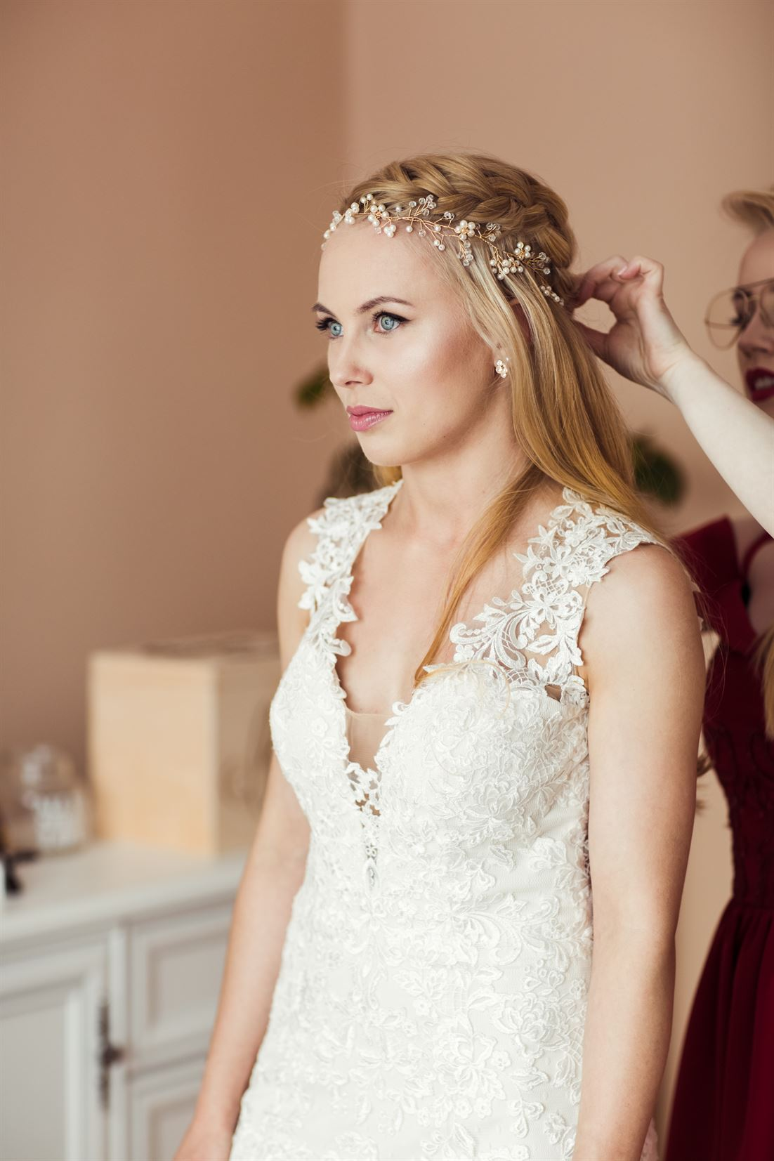 fryzura ślubna, okolicznościowa dla kobiety Starachowice