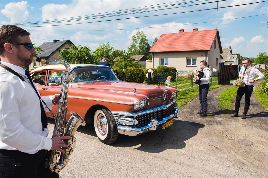 Buick Special 1958 auto do ślubu