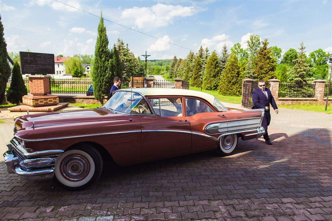 zabytkowe auto na ślub i wesele