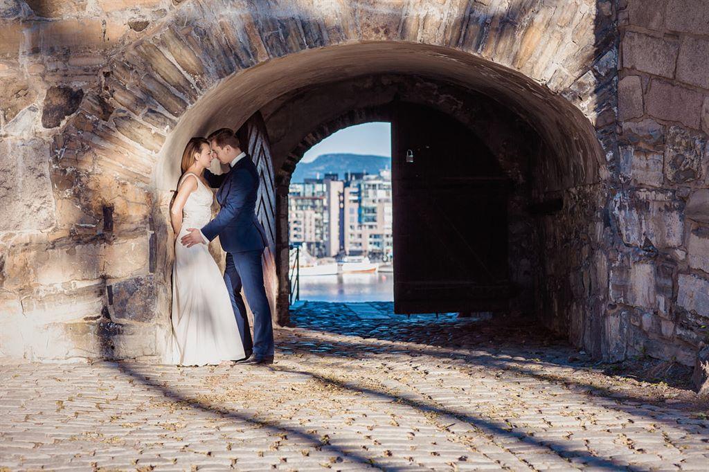 Twierdza Akershus - sesja ślubna w Oslo