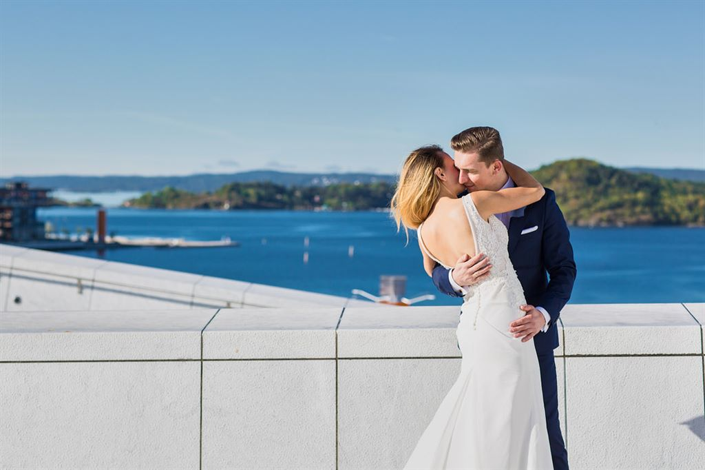 zagraniczna sesja ślubna - Oslo Opera