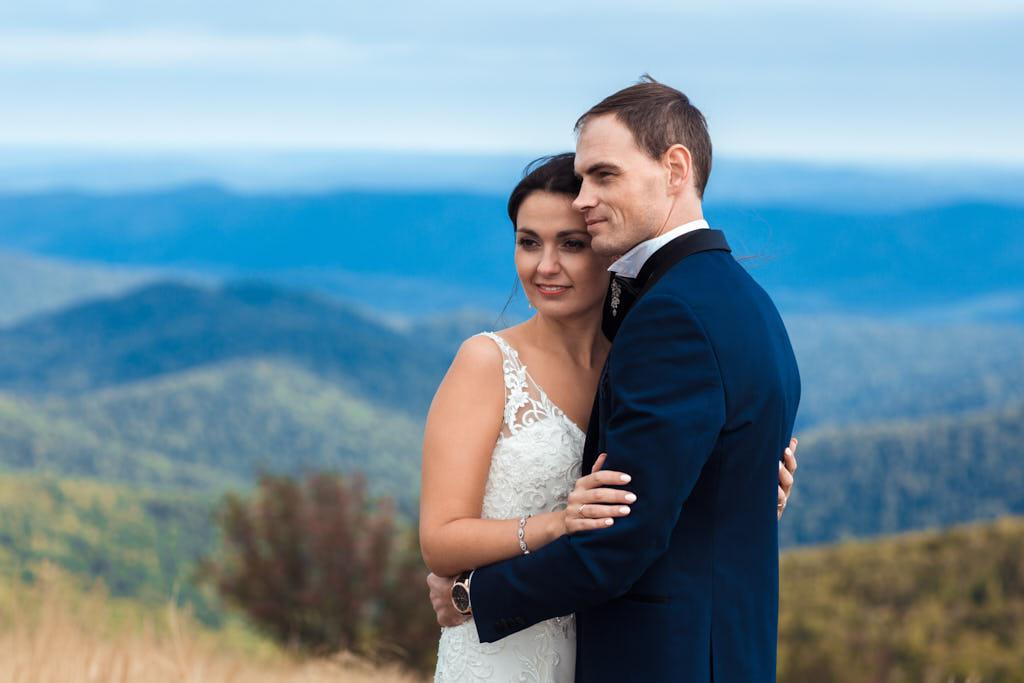 plener ślubny na Połoninie Wetlińskiej w Bieszczadach